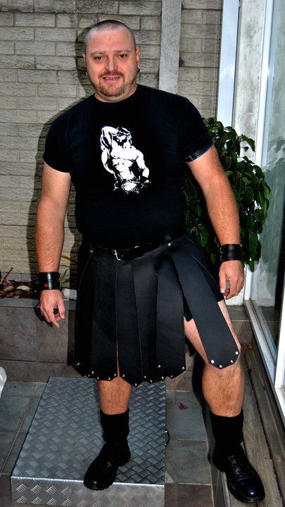 Spartan Leather cargo kilt