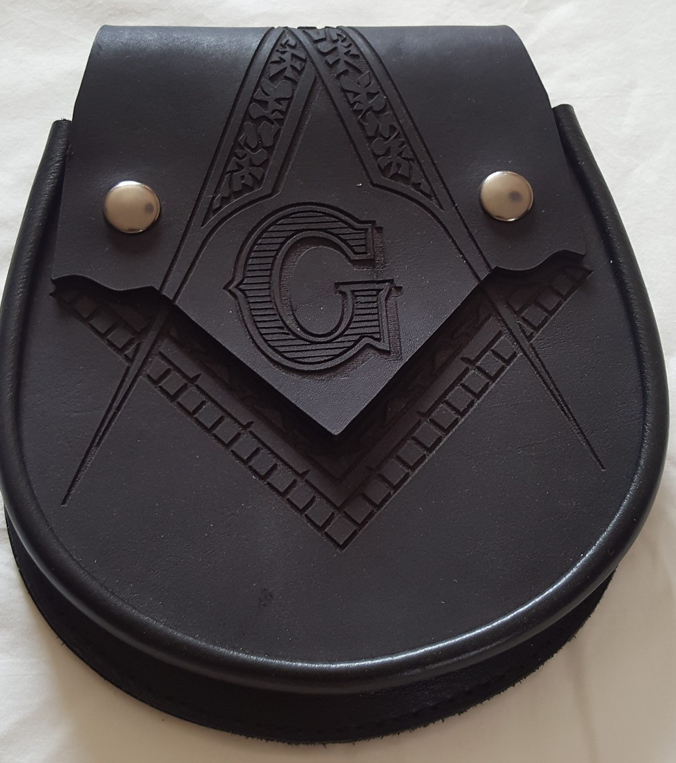 Hand cut leather Sporran for kilt